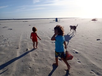 Kids on alabama beach